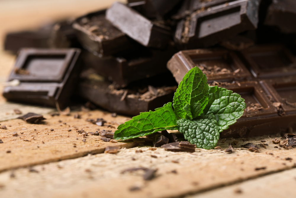 טראפלס שוקולד ,מנטה וקרם קוקוס